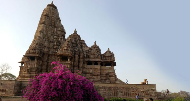 Golden Triangle with Khajuraho and Varanasi