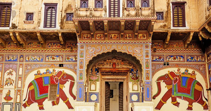 Haweli with golden triangle with Shekhawati tour