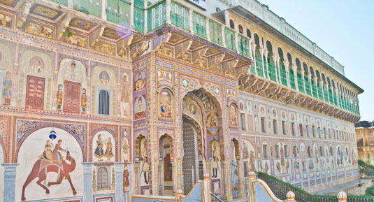 shekhawati painted house
