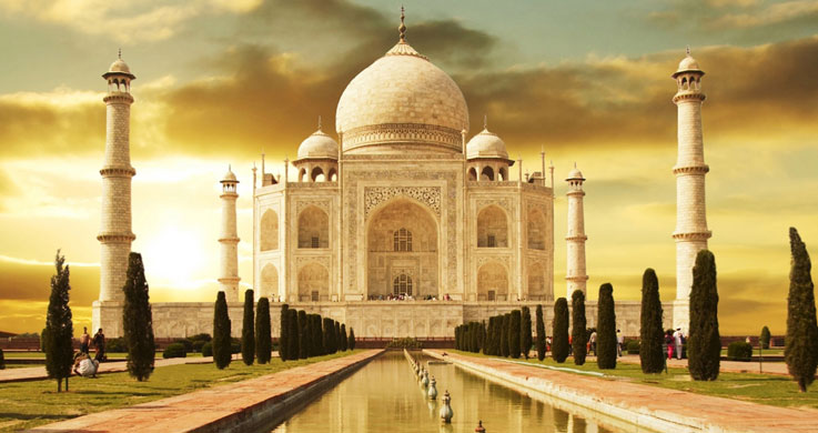 visit Taj mahal with golden triangle with varanasi tour