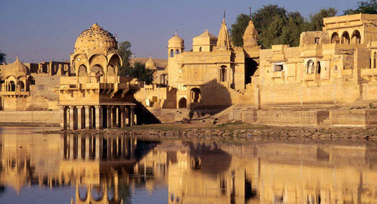 Taj with historical rajasthan Tour Packages