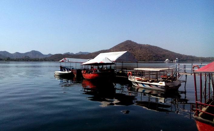 Boating-at Fateh Sagar Lake Udaipur