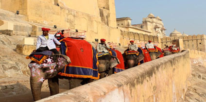Elephant ride at Amer Fort Jaipur With Rajasthan tourism and travel guide