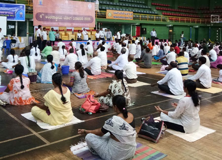 Participating international yoga festival