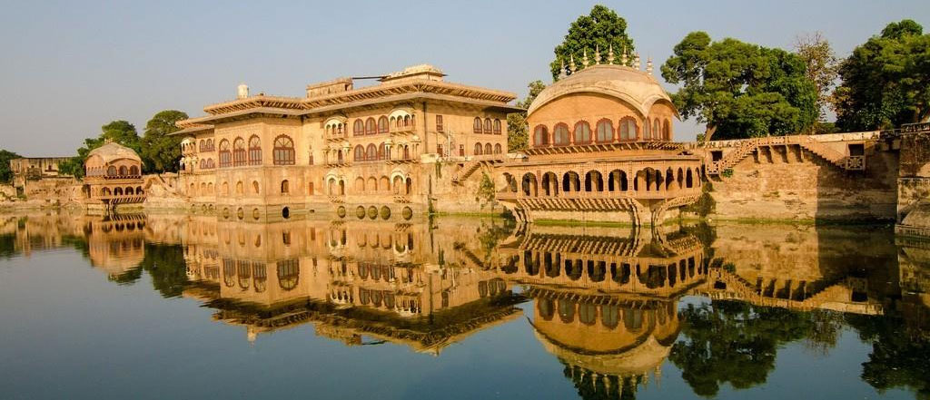 Best place visit in Monuments in rajasthan