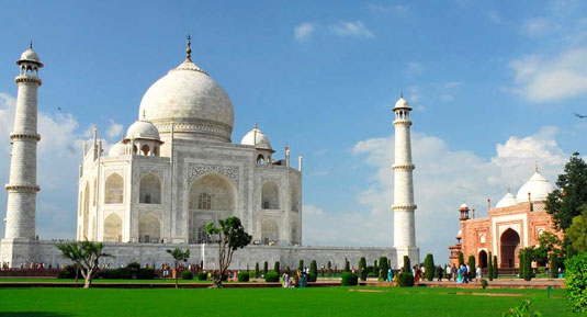 Taj Mahal with golden triangle tour