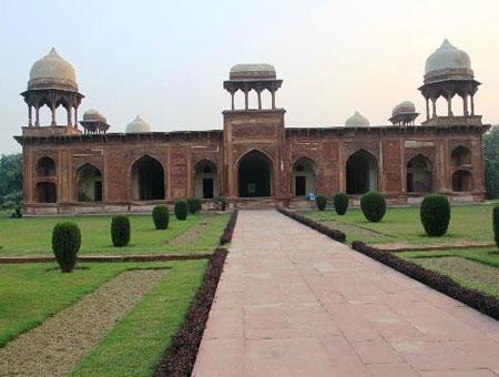 Agra Mariam Tomb