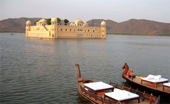 Jal Mahal tourist attractions in Jaipur