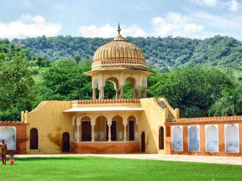 Kanak Vrindavan garden is a hot tourist attraction in the jaipur City