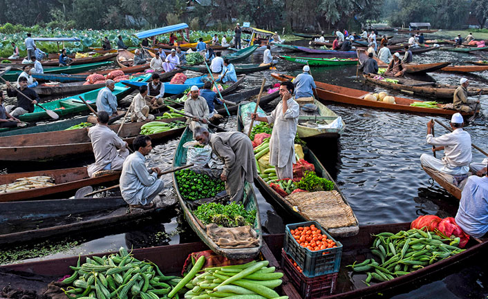 Srinagar vegetable markets