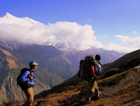 Trekking in the high mountains in shimla