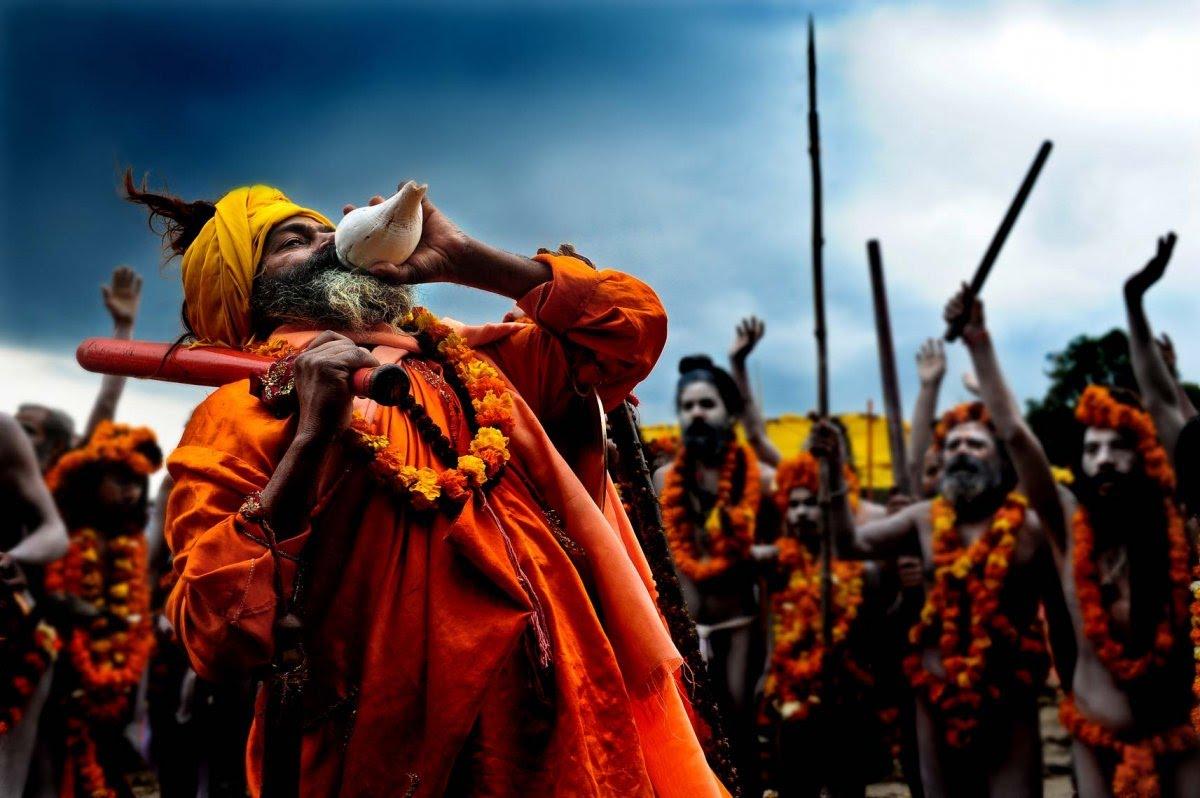 Urdhwavahurs In Kumbh Mela