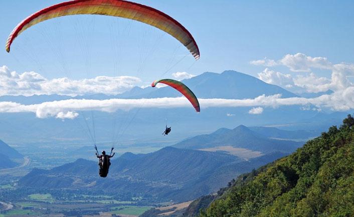 Experience paragliding n Gangtok
