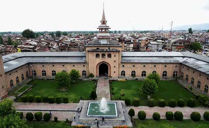 jamia masjid in srinagar