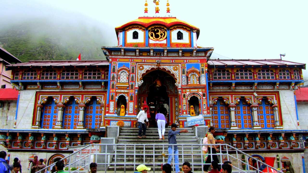 Badrinath in pilgrimage holiday destinations in india