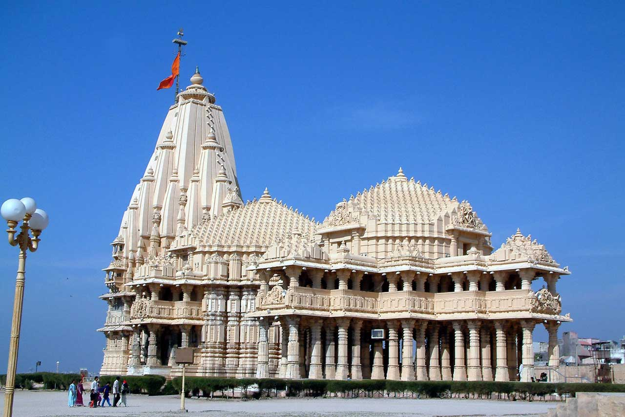 Somnath Jyotirlinga, Gujarat with Spiritual holiday destinations in india