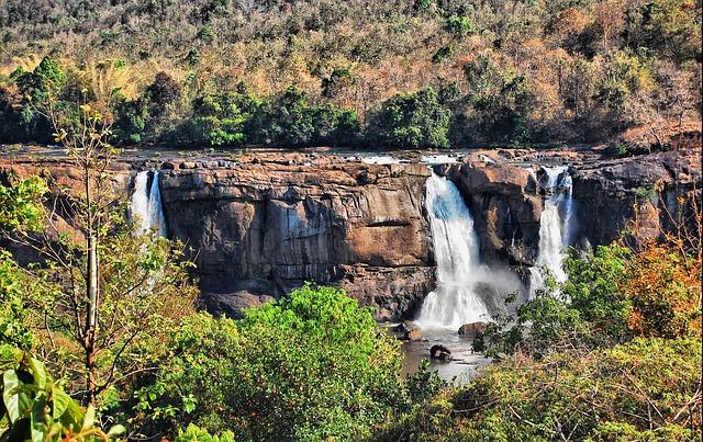 waterfall-60630_640