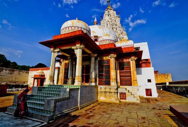 bhandasar-jain-temple