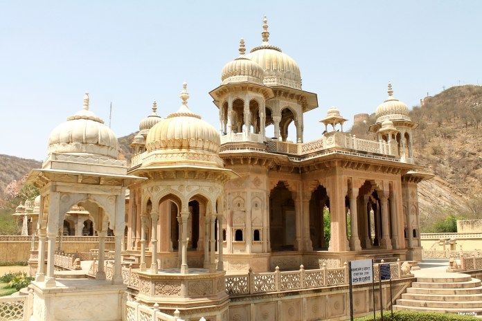 the-royal-cenotaphs