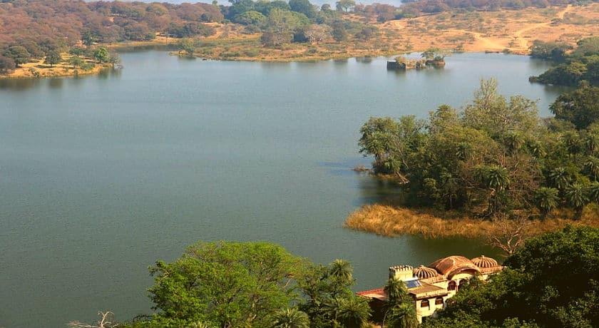 the-serene-surwal-lake