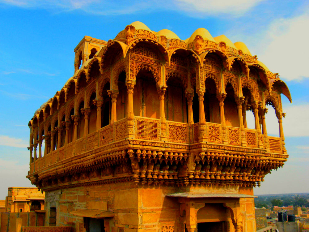 sightseeing-at-some-historical-havelis-in-jaisalmer